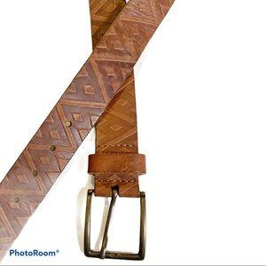 Eddie Bauer embossed geometric leather belt